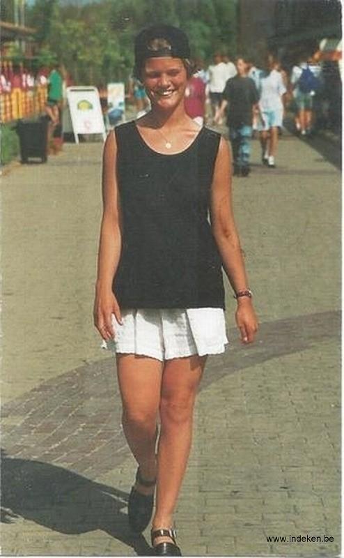 Angie Arys